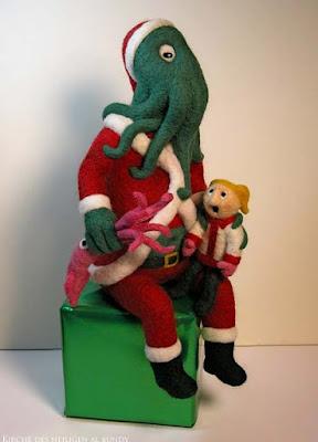 Monster Weihnachtsmann Puppe lustig