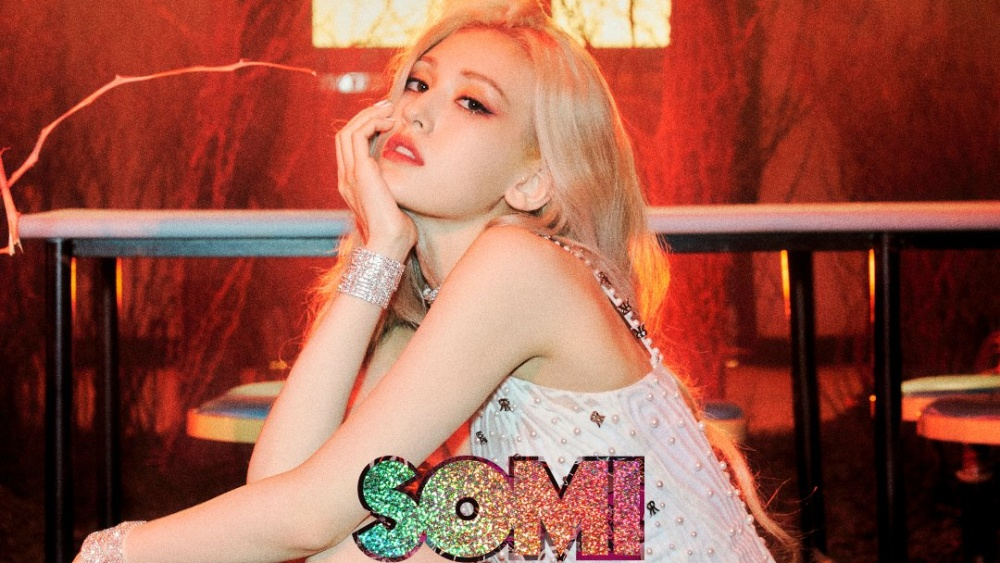 Upload a Stack of Albums Entitled 'XOXO', Jeon Somi Will Comeback?