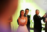 casamento descontraído e divertido com decoração simples em verde e branco com cerimônia no local realizado na sociedade de engenharia do rs casamento da cerimonialista fernanda dutra de fernanda dutra eventos
