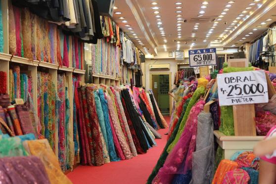 Korupsi Impor Tekstil, Barang China Distampel India, Kejagung: Industri Dalam Negeri Gulung Tikar