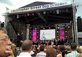 Beethoven's Ninth Symphony performed on the Christopher Street Day stage as part of Dresden Music Festival's Klingende Stadt