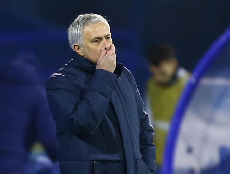 El Tottenham echó a José  Mourinho como entrenador