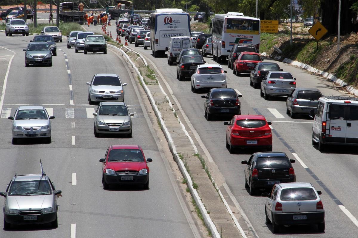Isenção do IPVA: Governo de Alagoas suspende pagamento para transportes de turismo