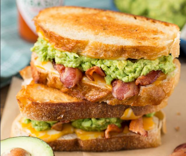 Bacon Guacamole Grilled Cheese Sandwich #lunch #breakfast