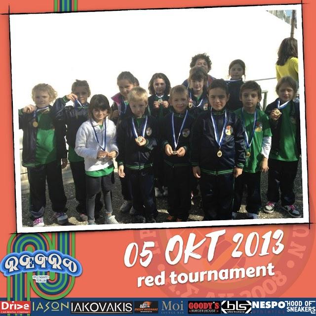 ΡΕΤΡΟ | Ομαδική αναμνηστική φωτογραφία από το Red Tournament στις 05 Οκτωβρίου 2013