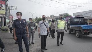Polres Cianjur Bagikan 1000 Masker Pada Masyarakat dan Pengguna Jalan