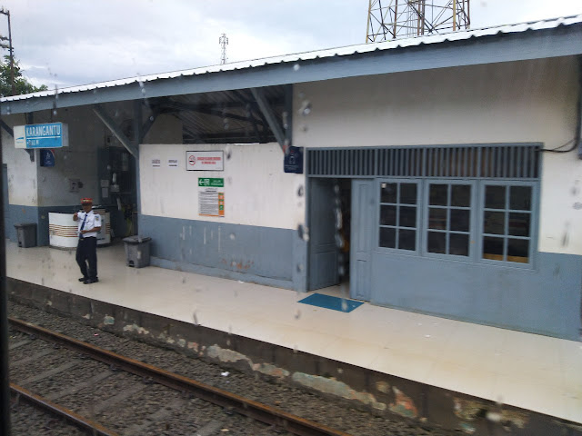 stasiun Karangantu
