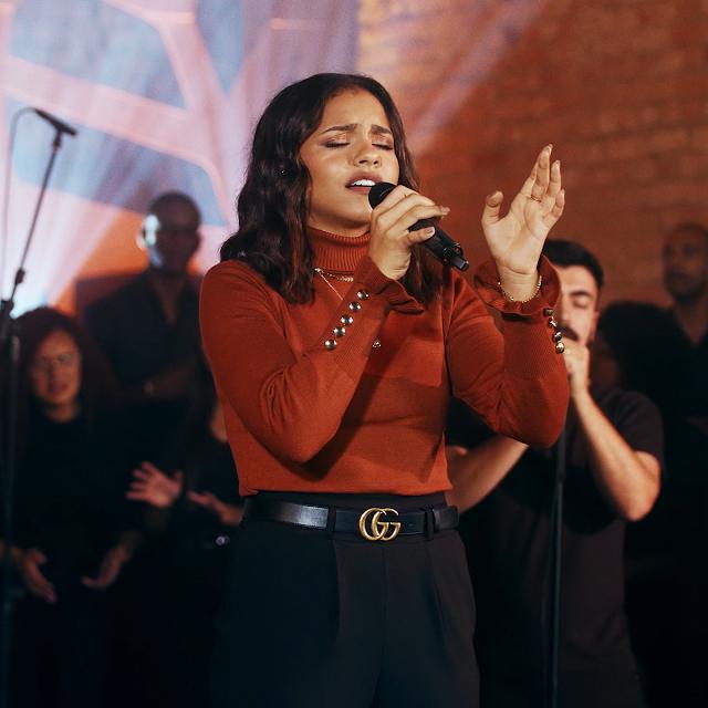 Julia Vitória encerra lançamentos de 2020 com single