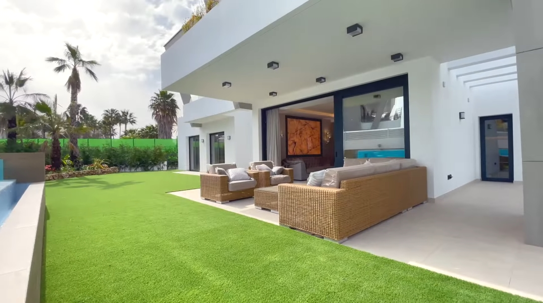 Luxury  Beachside Modern Villa Puerto Banus Marbella, Spain