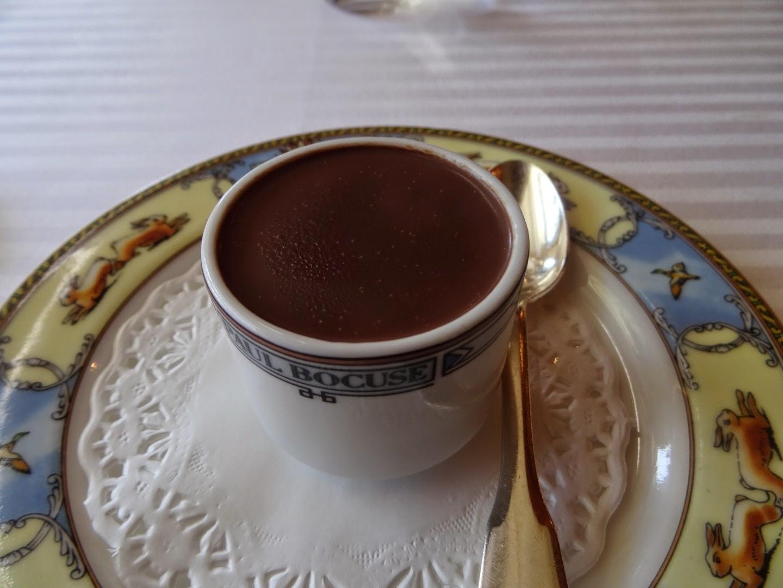 Pré dessert restaurant Paul Bocuse à Collonges.