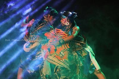 Ngesti Laras Budoyo Tampil Memukau dalam Pembukaan Festival Jaranan Trenggalek