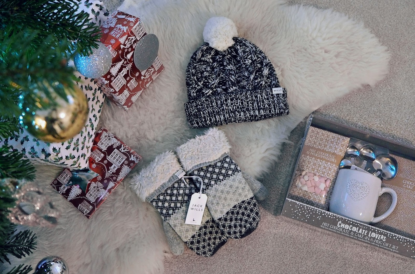 Christmas gift ideas, cosy and warm