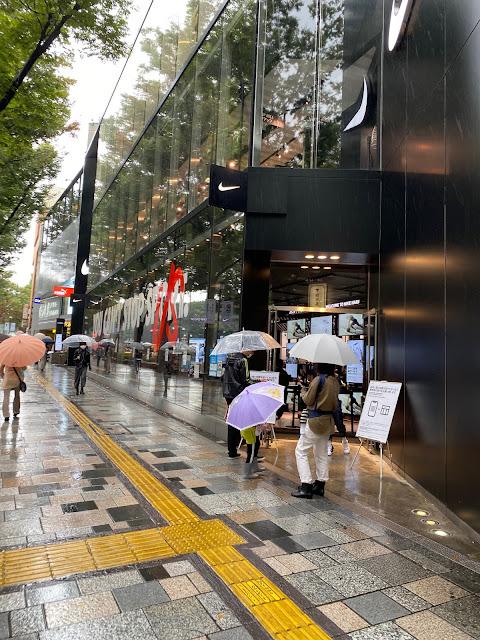 エアジョーダン35取扱なし (@ Nike Harajuku - @nikejapan in 渋谷区, 東京都)