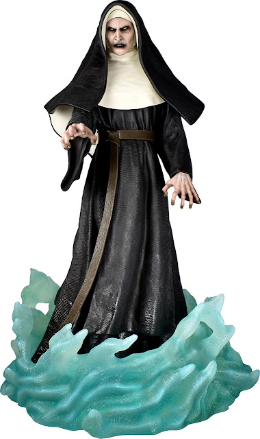 Toy Fair 2020 Diamond Select The Nun 9-Inch PVC Diorama Statue