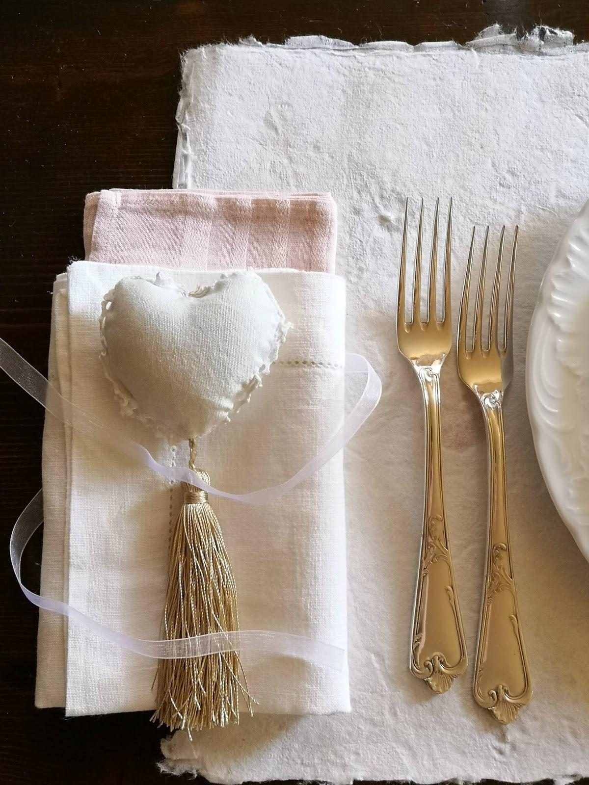 idee per apparecchiare la tavola a san valentino