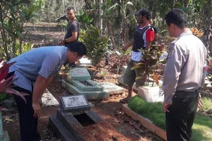 Geger, Puluhan Makam di Tasikmalaya Terbongkar Misterius