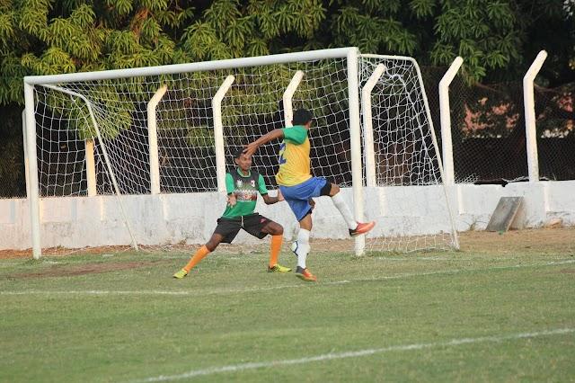 Barro Duro recebe FFP Social, que contempla escolinhas de futebol e homenageia personalidades do esporte no município; Sima, maior artilheiro do Norte e Nordeste esteve presente.