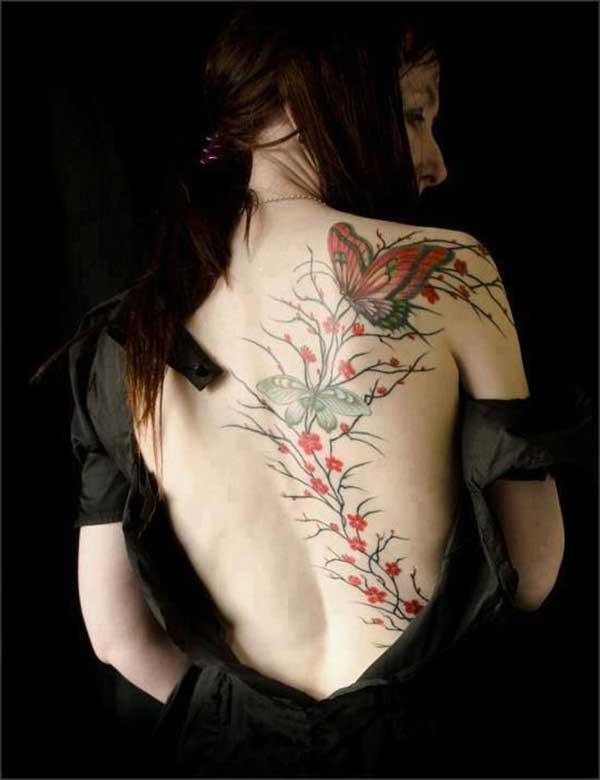 bayanlar için kelebek dövme modelleri