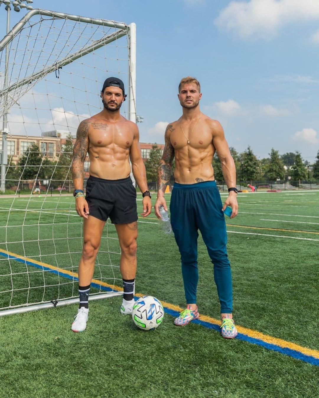 hot-shirtless-jocks-devon-levesque-sweaty-muscular-body-hunky-soccer-players