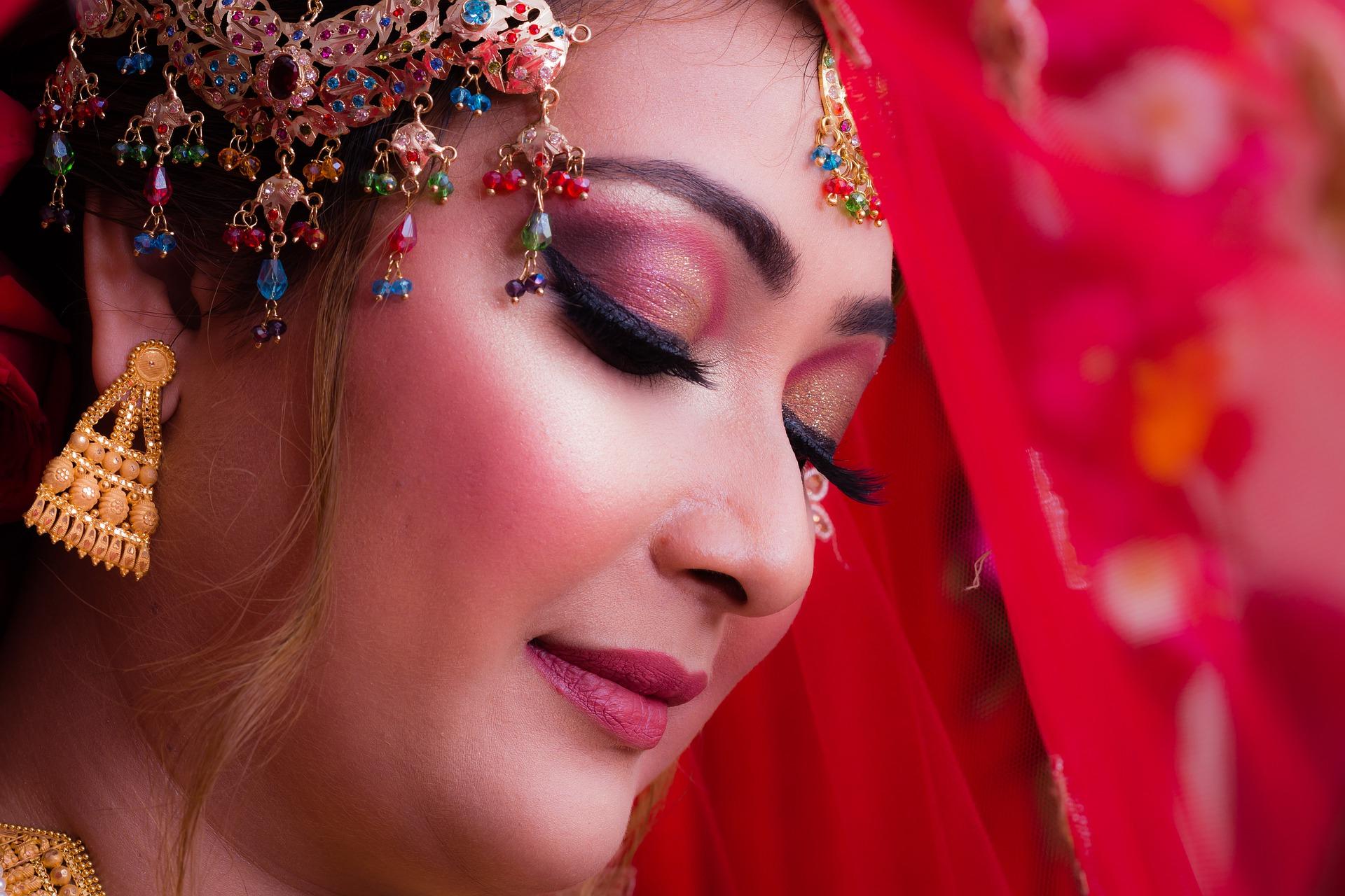 Bridal Makeup Tips In Hindi
