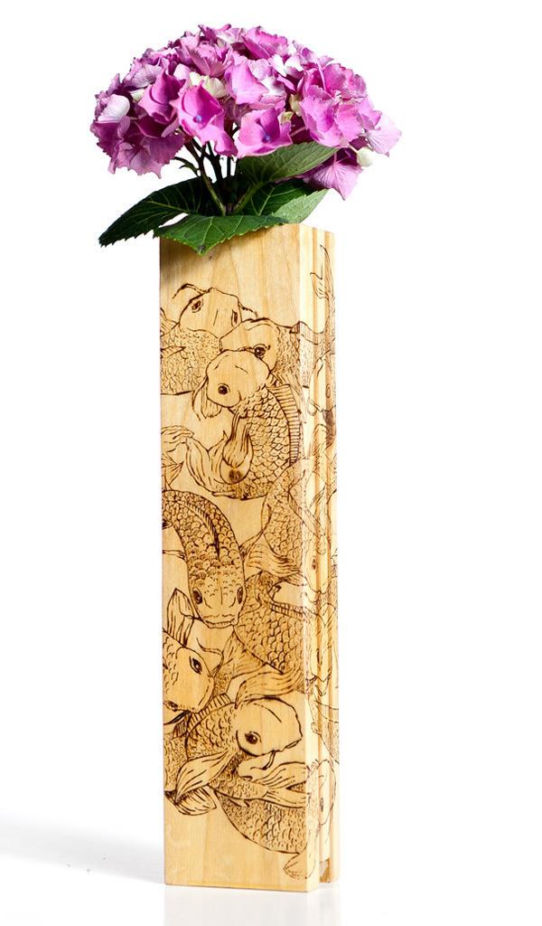 Bonitos Floreros de madera reciclada y pintada a mano