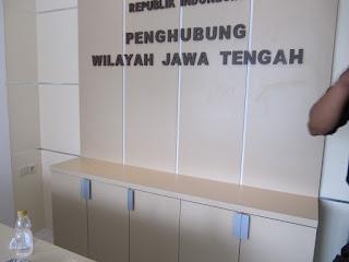 Produsen Kontraktor Vendor Furniture Kantor Partisi Sekat Ruang Semarang