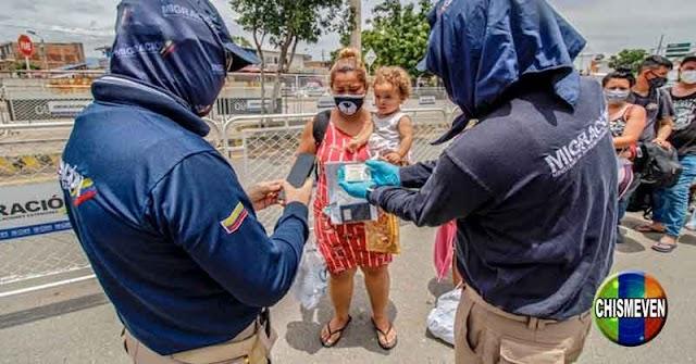 Venezolanos con doble nacionalidad podrán cruzar la frontera para vacunarse en Colombia