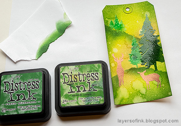 Layers of ink - Spring Forest Inky Tag Tutorial by Anna-Karin Evaldsson.