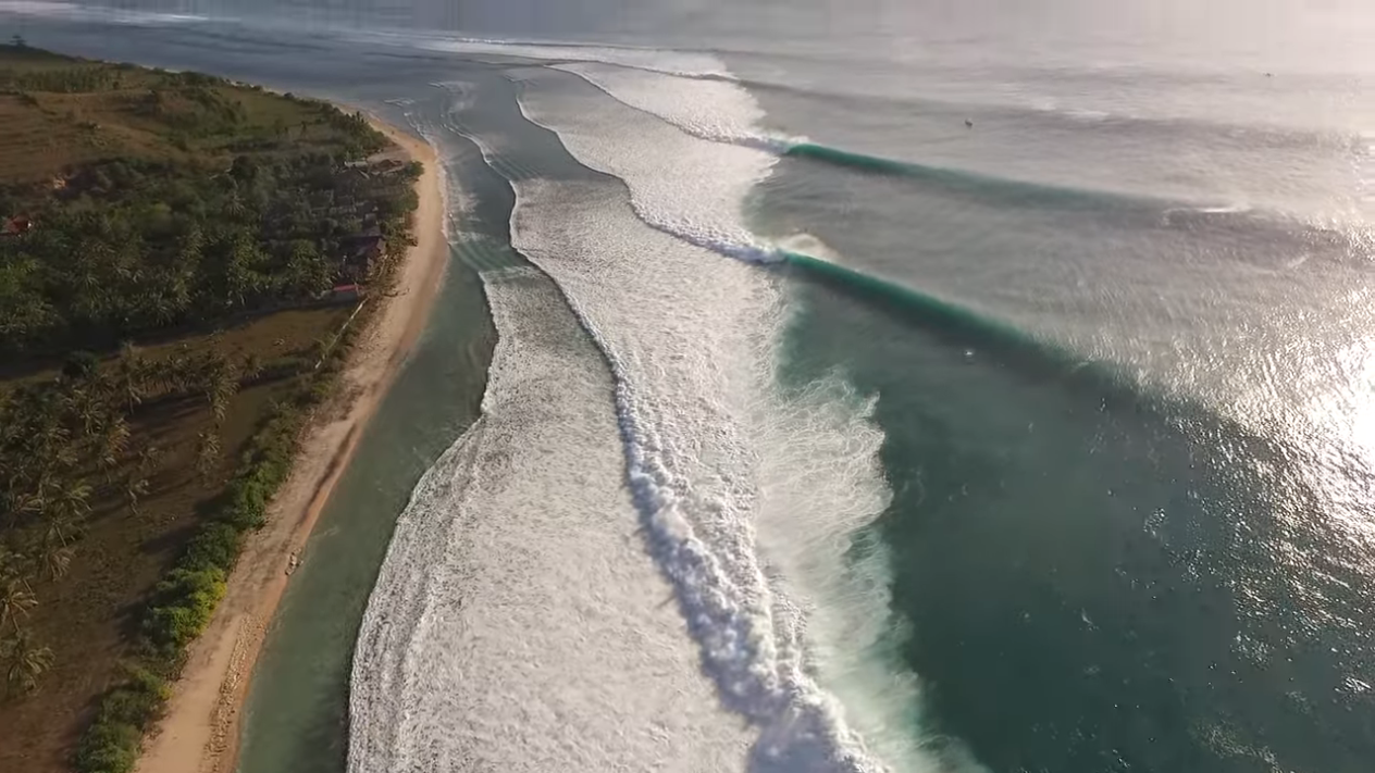 magicseaweed Surfing Desert Point July 2021 %255BIuy9dcjU8t0 1264x711 2m54s%255D
