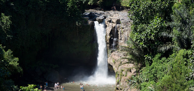 Ubud Bali Things to do tegenungan waterfall