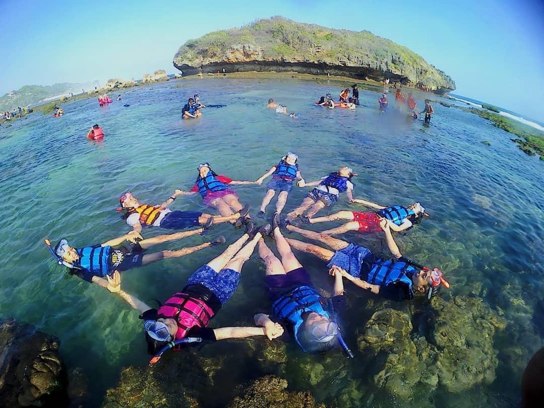 Snorkling di Pantai Slili Gunung Kidul