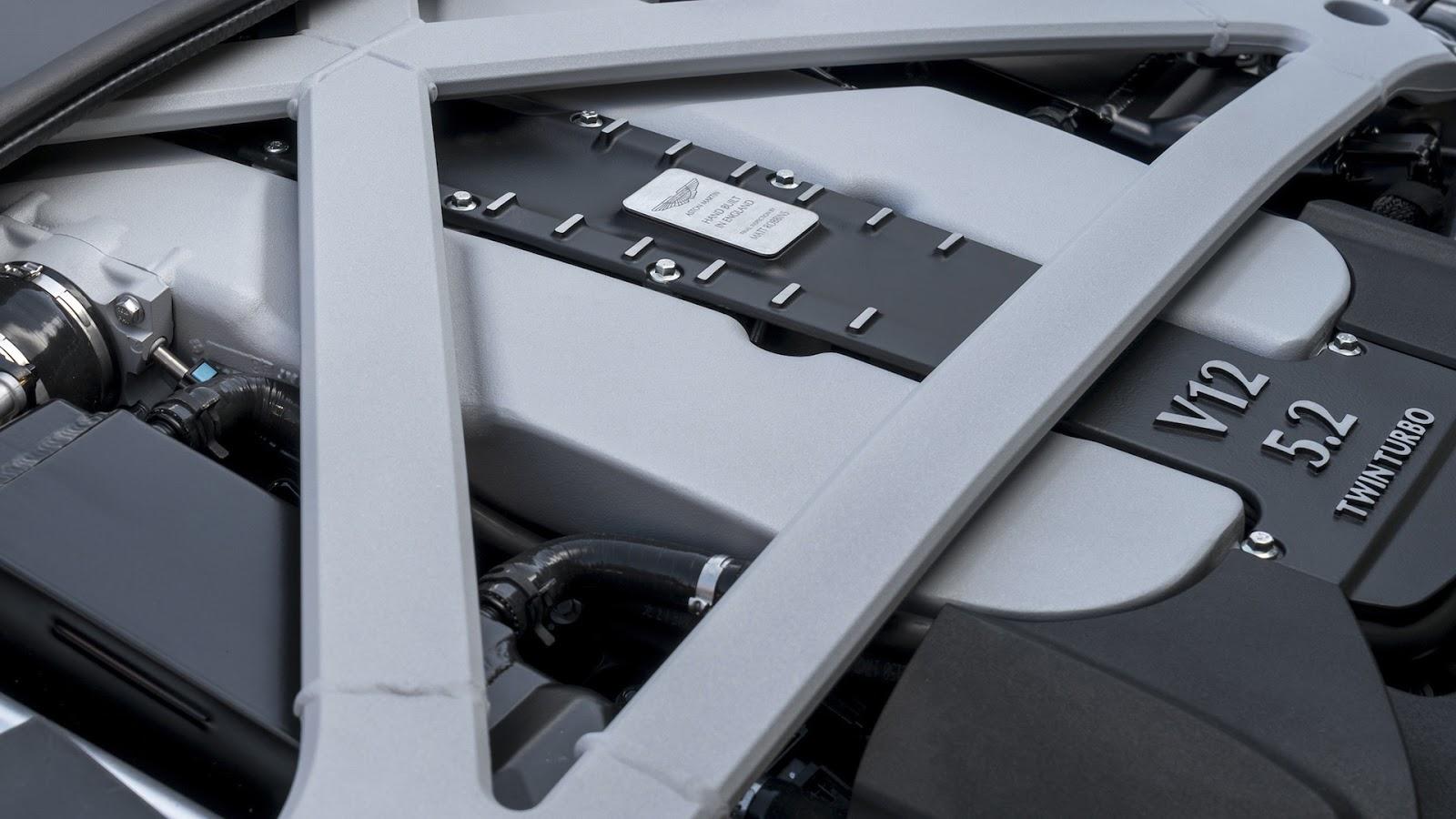 Khối động cơ vô cùng mạnh mẽ giúp xe có công suất đáng nể