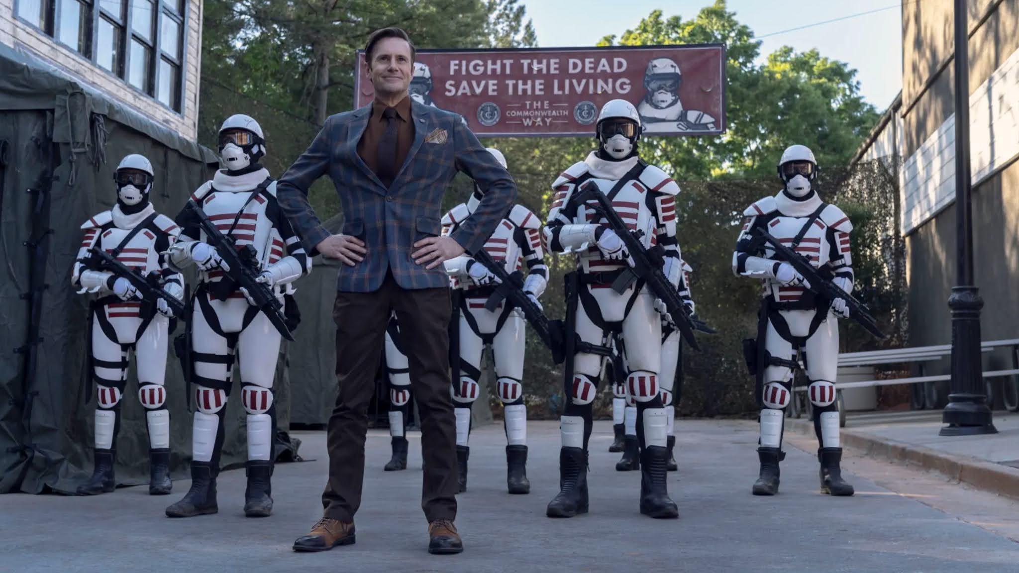 Lance Hornsby, cara de la propaganda de la Commonwealth en el 11x05 de The Walking Dead