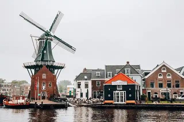 تاشيرة هولندا