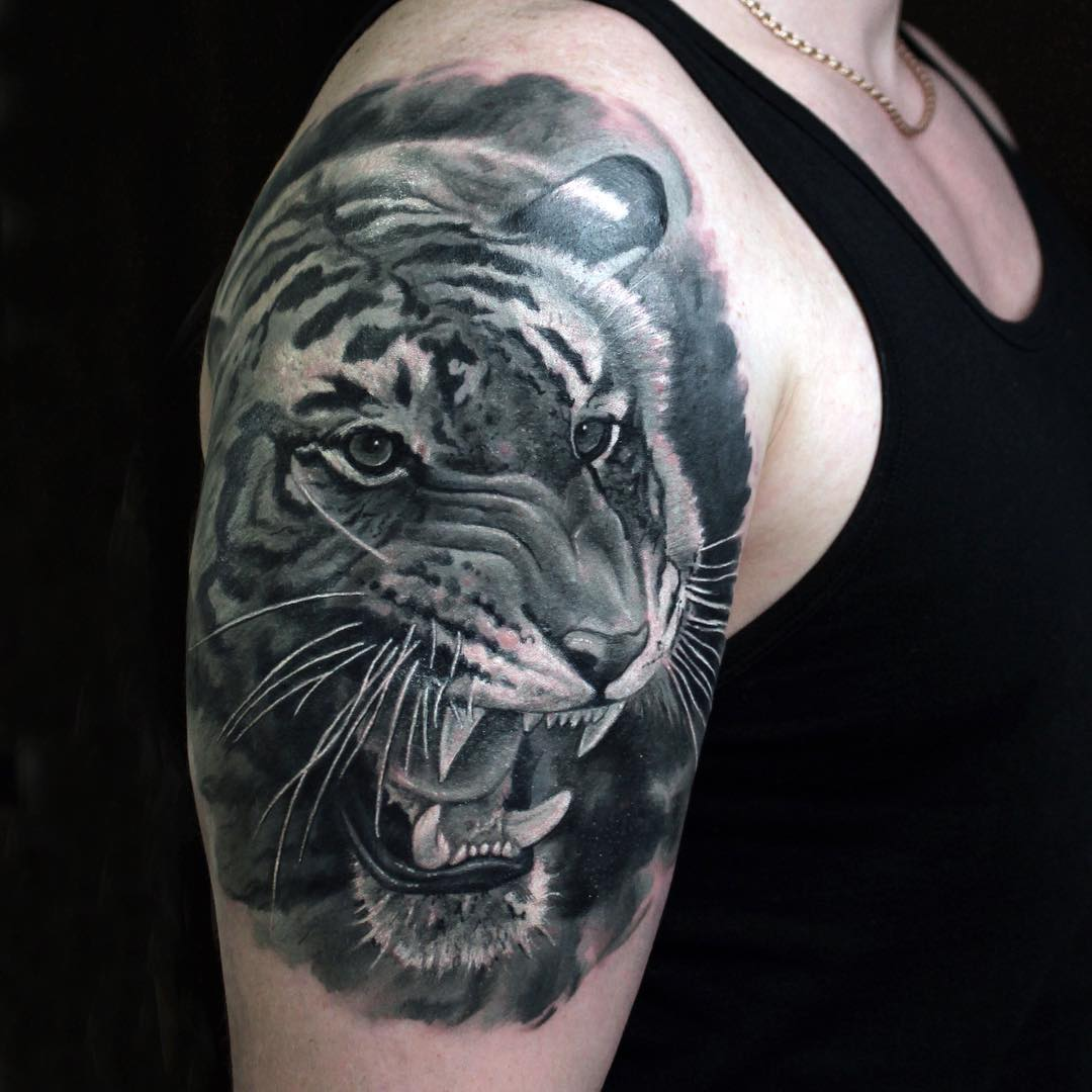 Tiger Black And White Tattoo Tattoo Geek - Ideas fo...