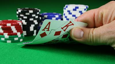 Keuntungan Bermain Poker Online Android Dengan Uang Asli