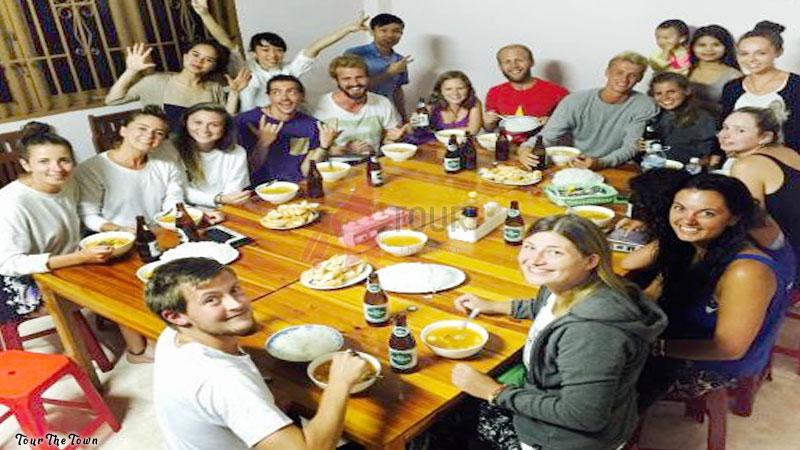 Viajar Sin Dinero Permanecer en los hermanos y familia