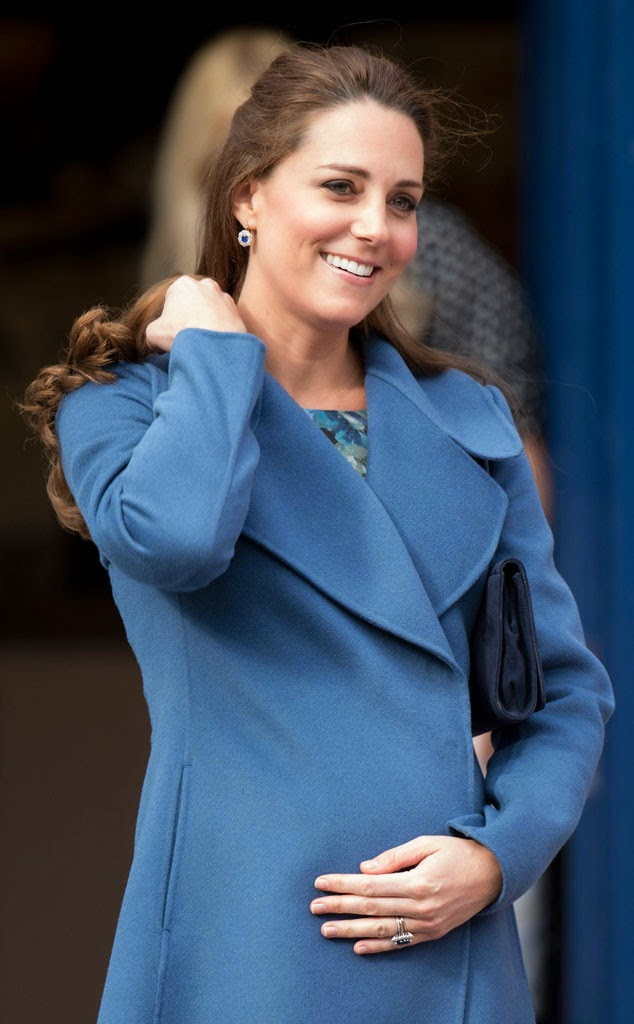 Kate Middleton – Visits the Emma Bridgewater Factory in Trent