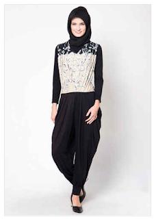 Koleksi Baju Muslim Jumpsuit Modern Update untuk Wanita