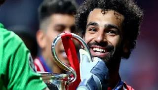 تصرف رائع من محمد صلاح في معسكر المنتخب المصري