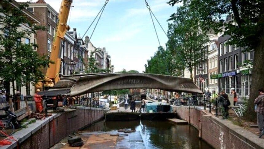 Primeira ponte de aço impressa em 3D revoluciona a construção civil