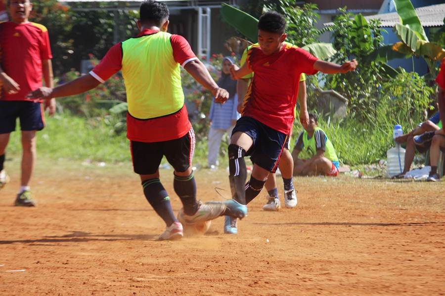 Indonesian Soccer : Existence And Inexistence