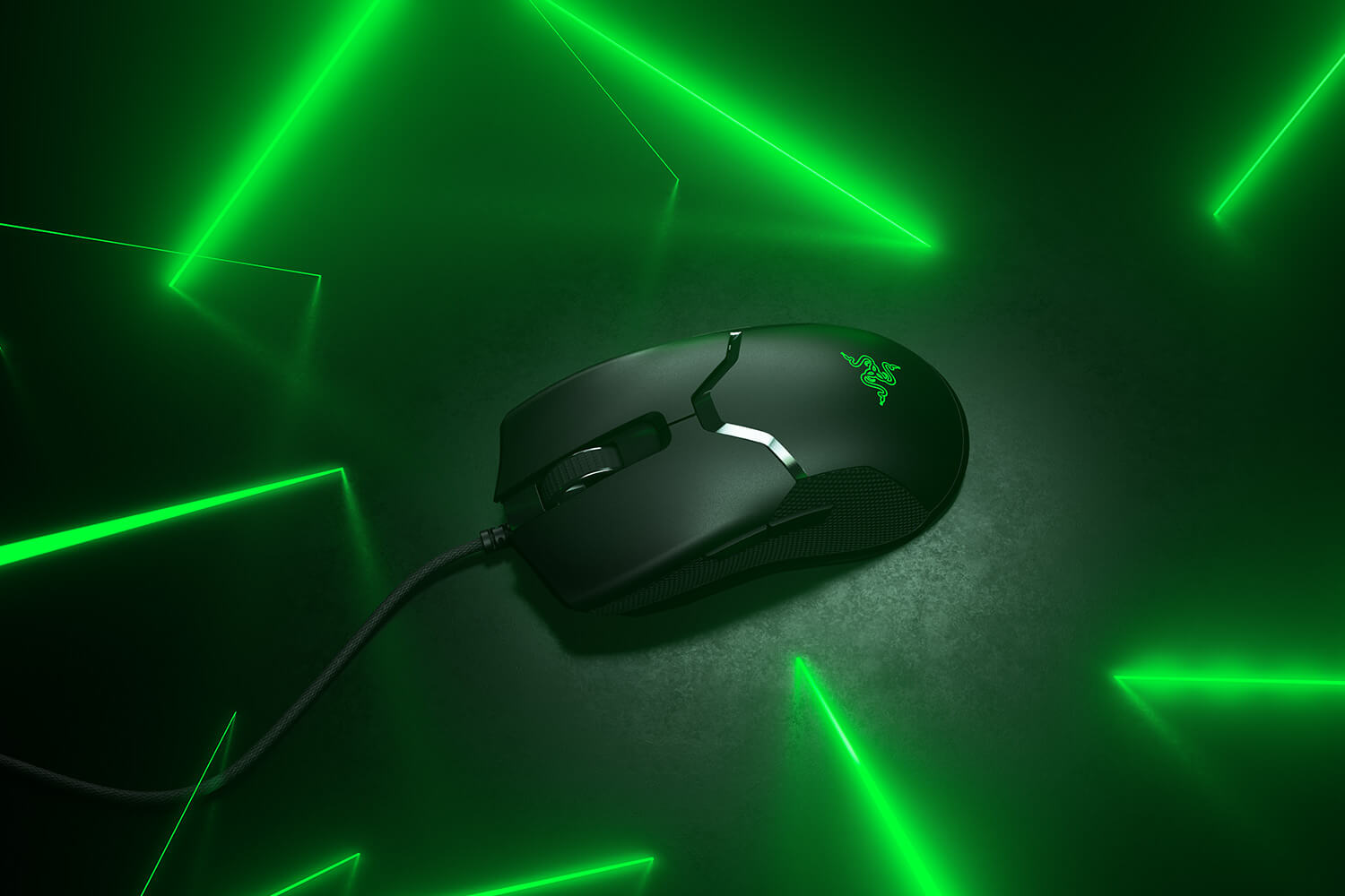 The New Razer Viper Becomes First Gaming Mouse To Have Lightning-Fast Optical Switches