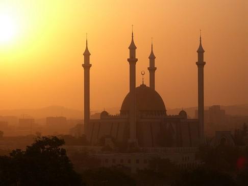Hasil gambar untuk senja di masjid