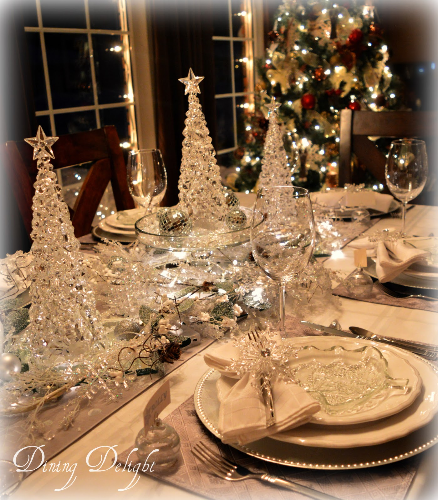 Dining Delight Frost Ice Christmas Tablescape