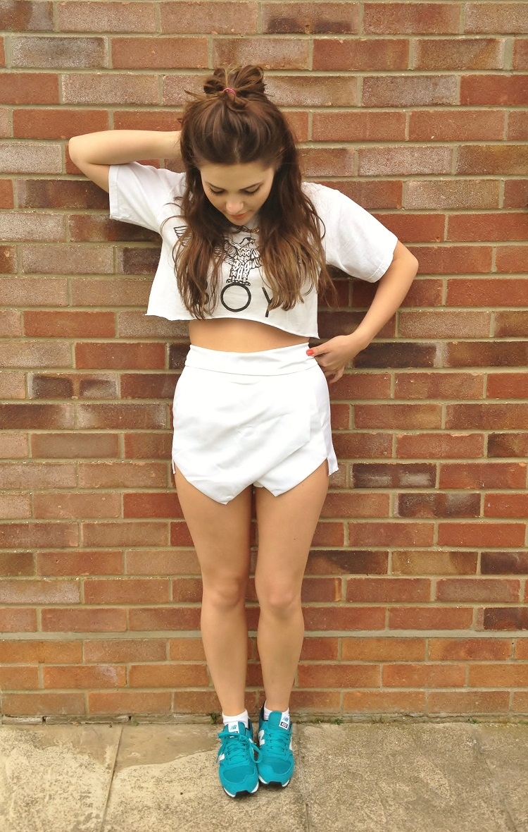 9faf307b26775 nana's clothes: OUTFIT no.1: white skort, BOY London crop and New Balance
