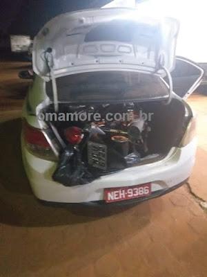 Polícia de Guajará-Mirim flagra táxi transportando desmontada uma motocicleta roubada