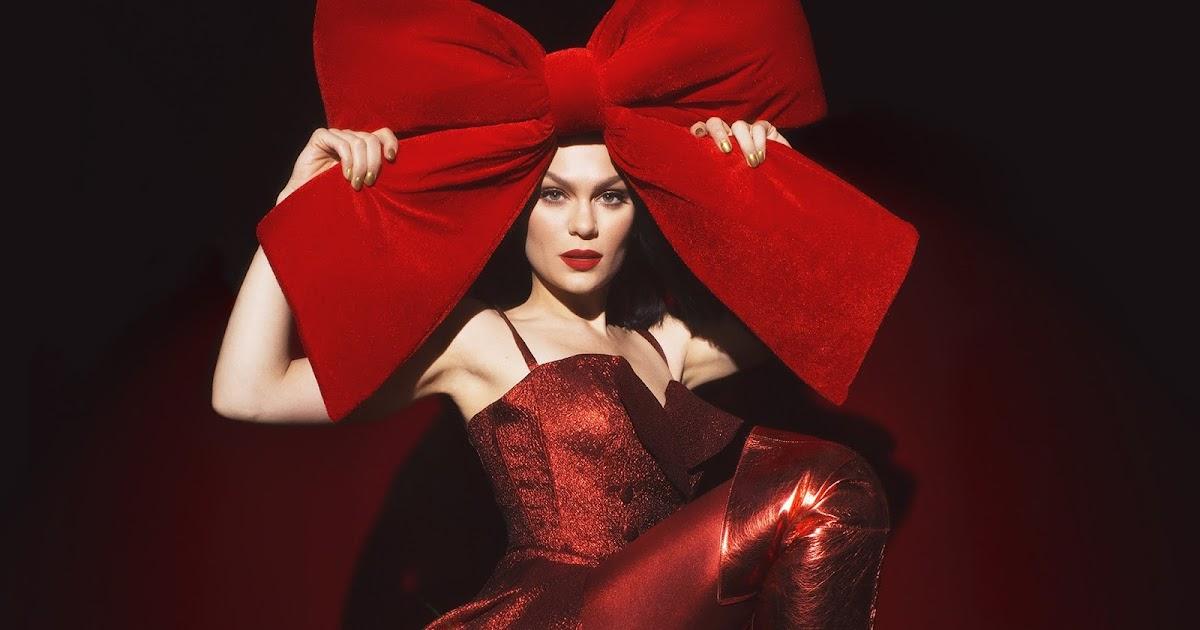 Jessie J lansează primul său album dedicat sărbătorilor de iarnă - Muzzix
