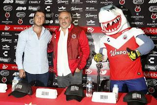 Guillermo Vázquez asume la dirección técnica de los Tiburones Rojos de Veracruz