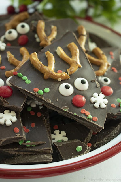 Easy Christmas Reindeer Bark Recipe